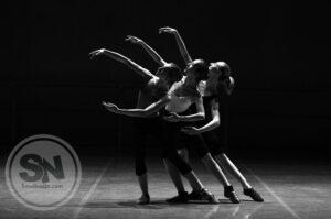 Dancing as entertainment jobs